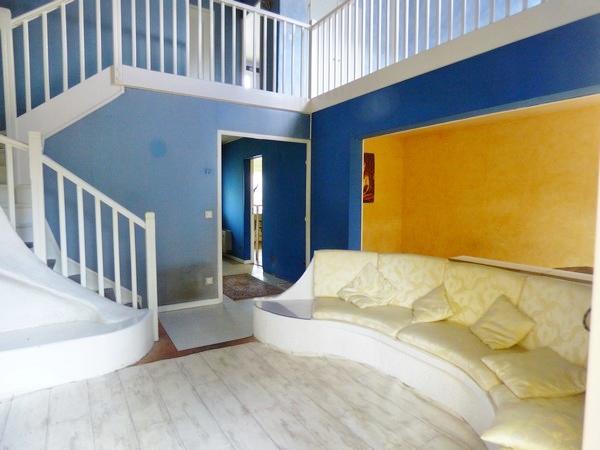 cherche pavillon à étage avec commodités proche sur tourville la rivière 76