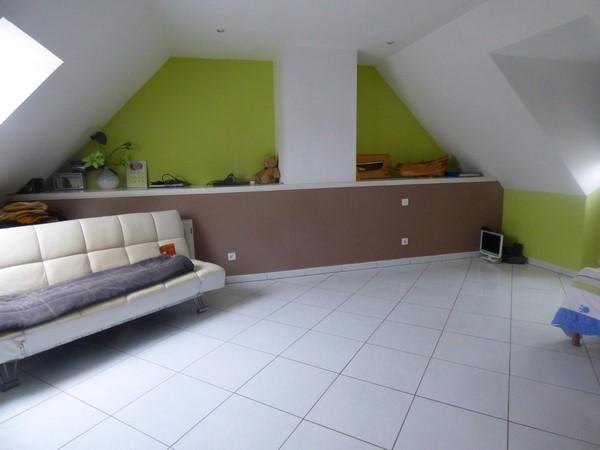 Superbe pavillon stylé, sur sous-sol complet, beaux volumes, à acquérir, sur le secteur d'Elbeuf/Le Buquet 76500, sur 900 m² de terrain