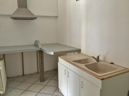 Idéal investisseur, maison de ville à restaurer, à acquérir, 2 chambres + 1 studio, sur Elbeuf sur Seine 76500,